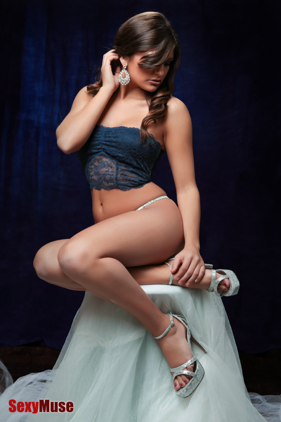 Happy Valentine's Day - Rebecca Carter by Rocke for SexyMuse.com